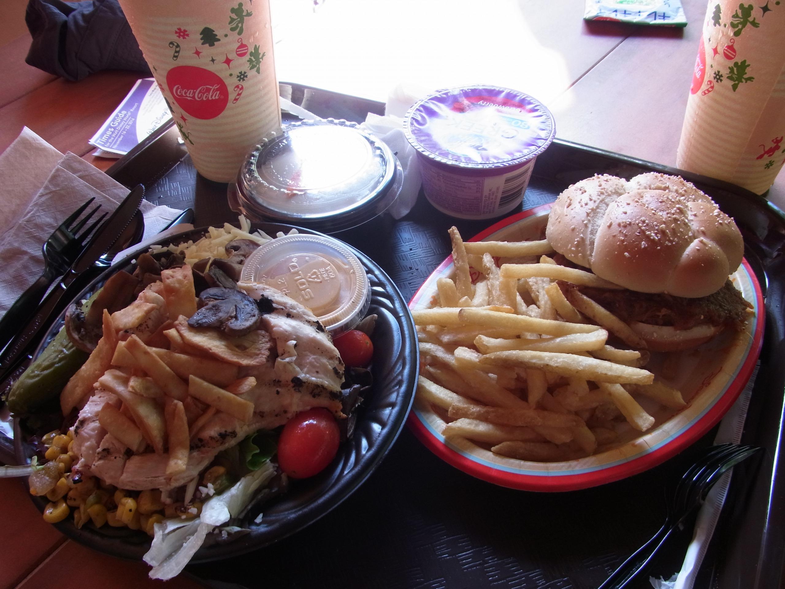 WDW旅行記 34 ペコスビル・トールテール・イン&カフェでランチ